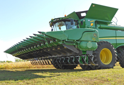 JD 618 Corn Head Stlk Stmprs SM2