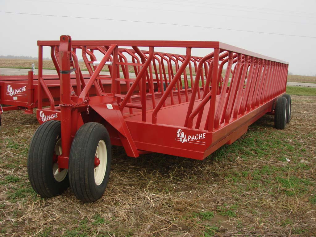 Product Spotlight Feeder Wagons Farmers Hot Line